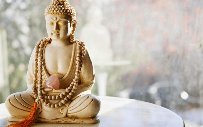 estatua-buda-quebrei-azar-budismo