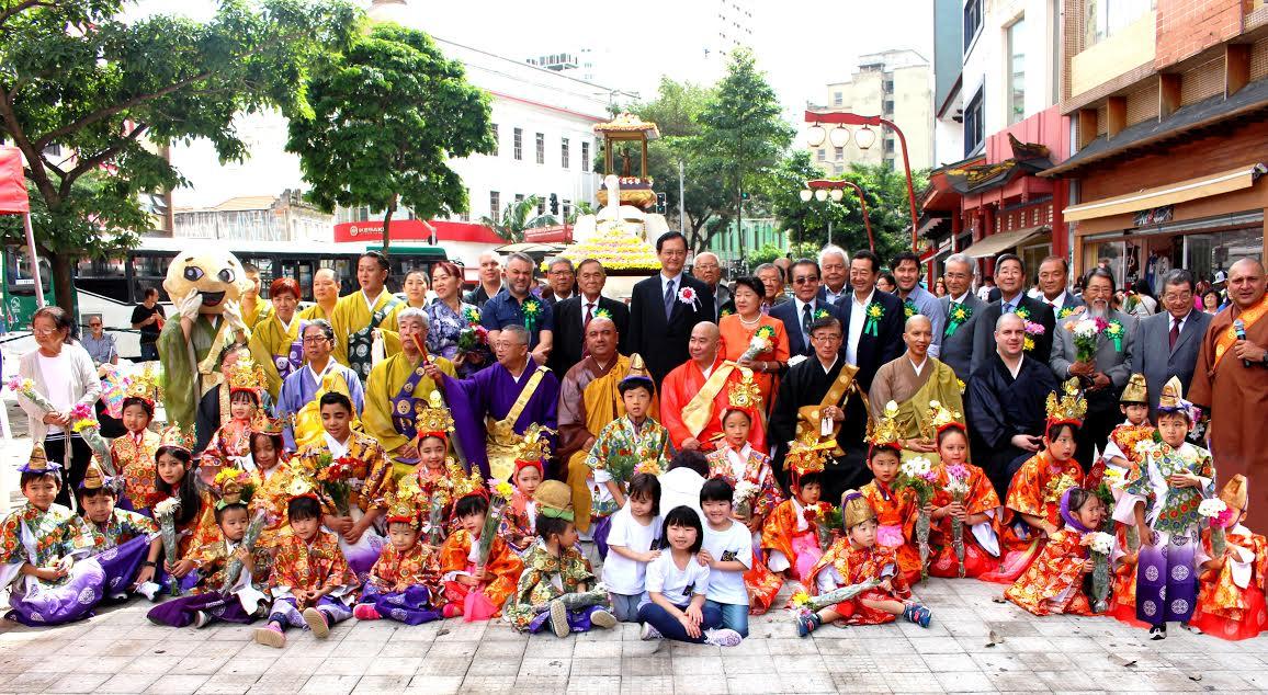 hanamatsuri-liberdade-federacao-das-escolas-budistas-budismo-2017-butsurena